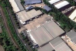 warehouse, briardene, to let