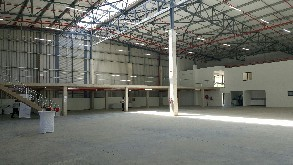 industrial to let cornubia