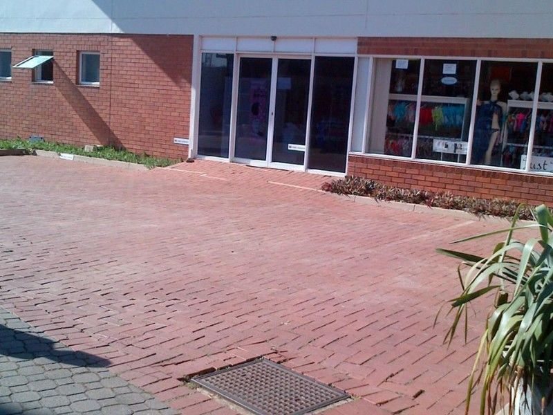 Retail / Office Showroom Umhlanga Ridge