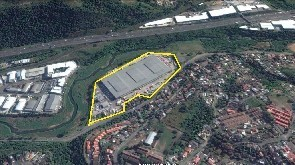 Large Logistics Warehouse to Rent - Riverhors