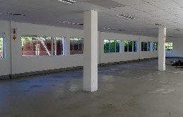 Office Unit to let - La Lucia Ridge - 372m2