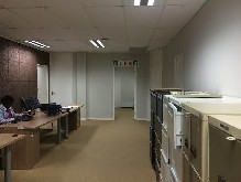 Office Unit to let - La Lucia Ridge - 284m2