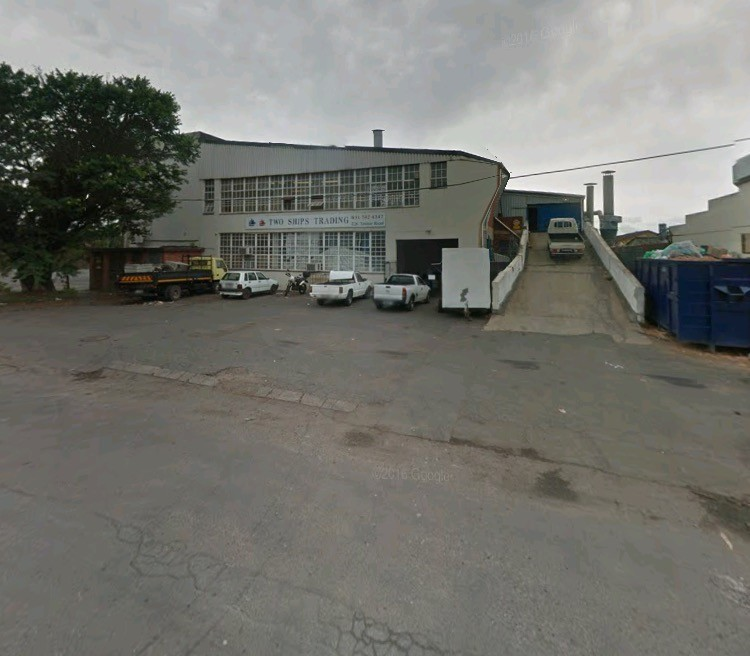 R35/m2 Warehouse/Factory to let in Pinetown