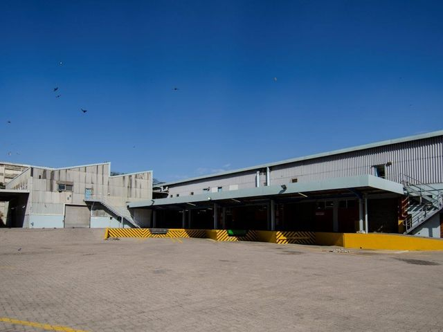 Jacobs Warehouse - To Let