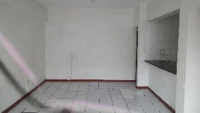 Variety of 1 bedroom and Bachelors to let in