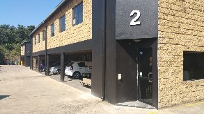Secure Warehouse to let