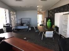 87m2 Prime Office Space to let - La Lucia