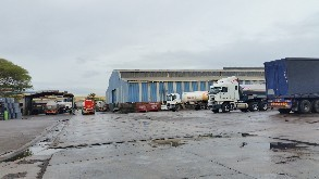 INDUSTRIAL TRUCKING YARD & WASH BAY