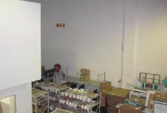 mini factory Briardene to let