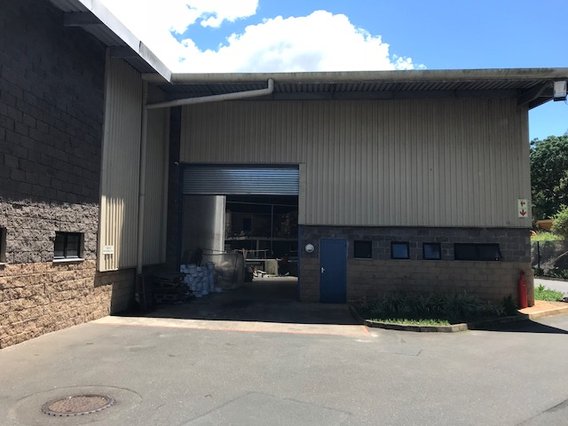 Industrial property to let in red hill