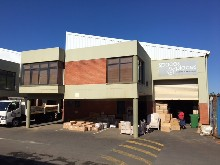 mount edgecombe mini factory to let