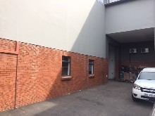 warehouse to let in redhill