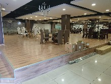 Retail Showroom Mobeni to rent to let