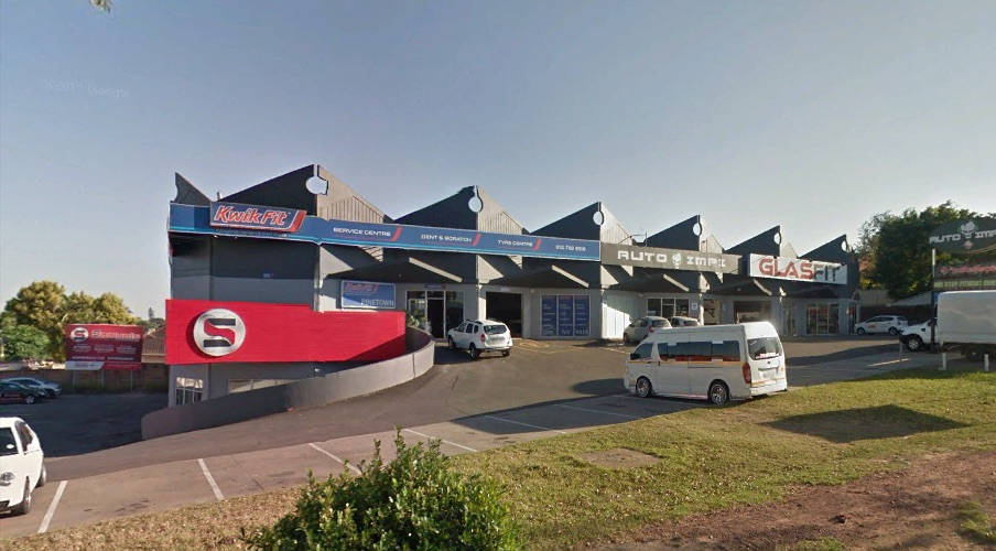 Showroom, Pinetown, Old Main Road, Kwik Fit