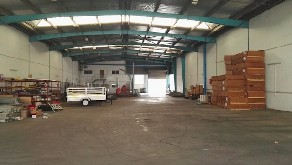 warehouse to let in springfield park