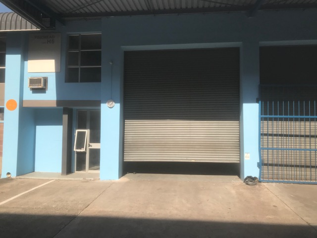 361m2 Warehouse To Let in Westmead