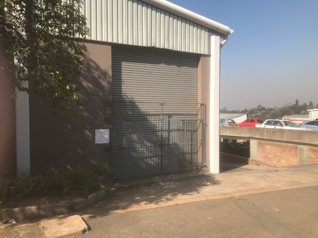 377m2 Warehouse To Let in Westmead