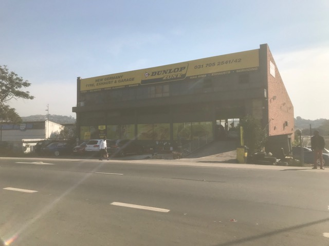 725m2 Retail shop in New Germany