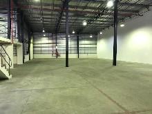 warehouse to let in briardene