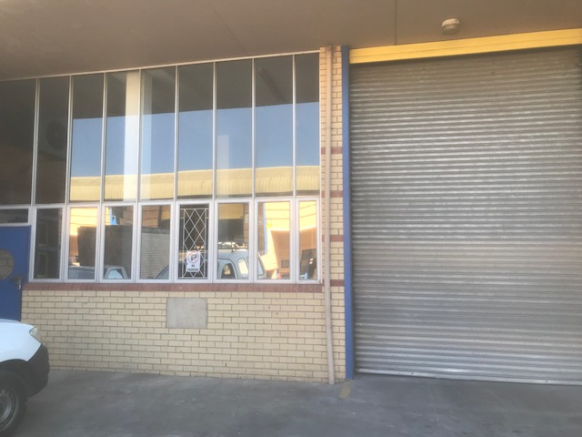 266m2 Warehouse To Let in Pinetown