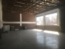 373m2 Warehouse To Let in Pinetown