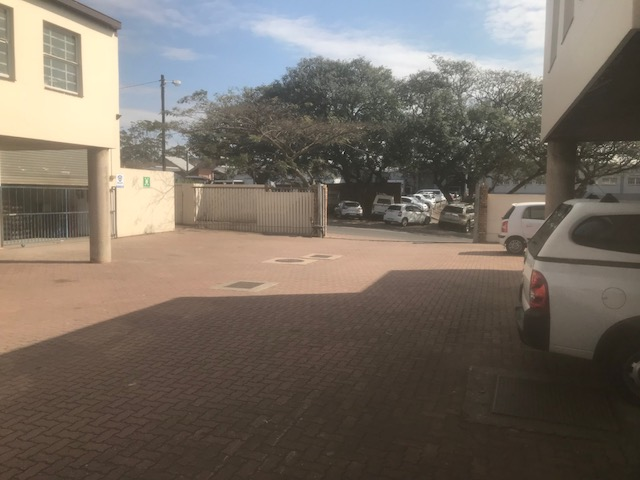 200m2 Warehouse To Let in Pinetown