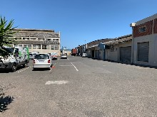 241m2 Warehouse To Let in Congella