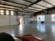 340m2 Warehouse To Let in Briardene