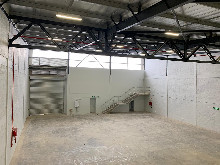 516m2 Warehouse To Let in Cornubia