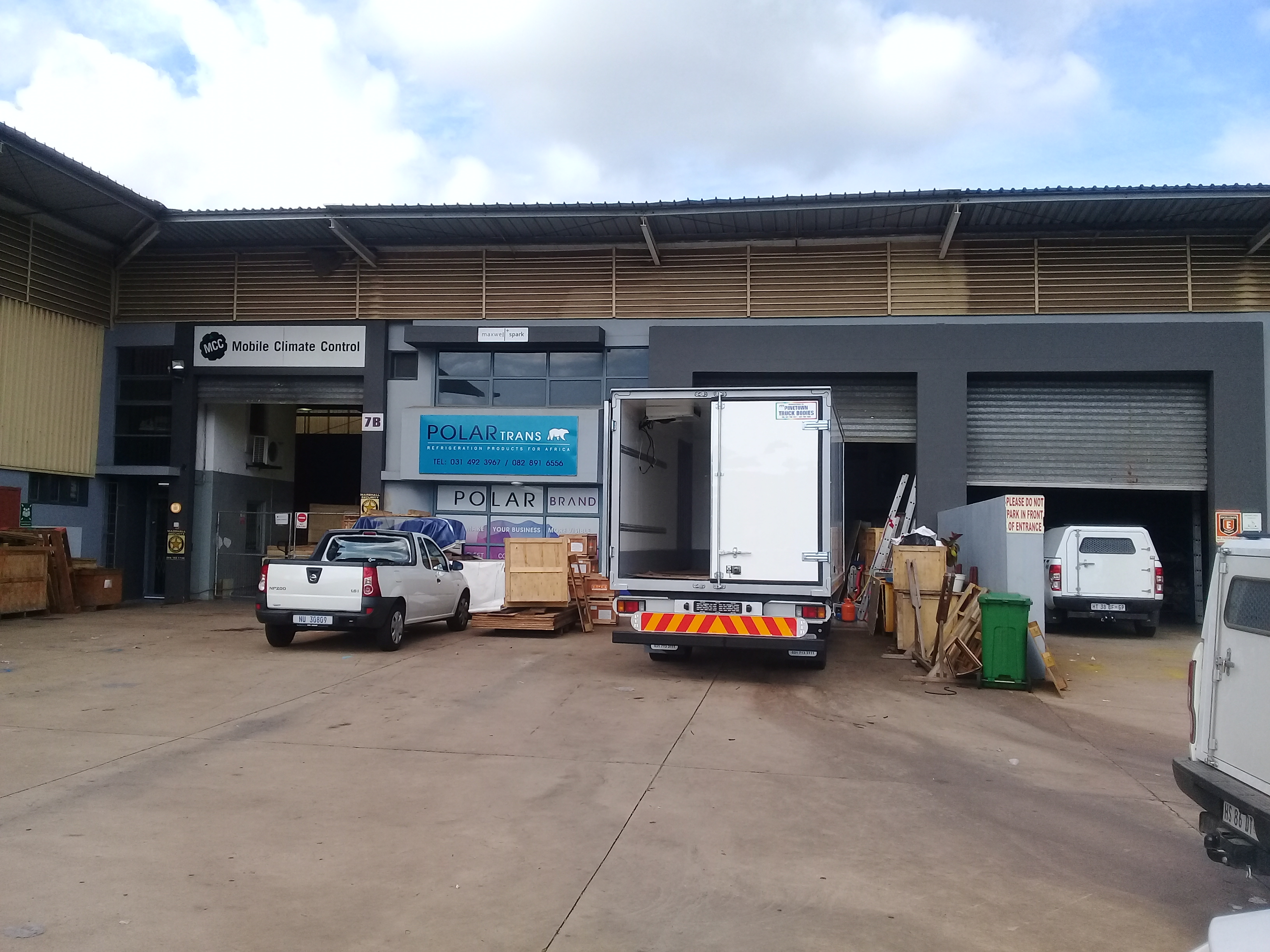 Redhill durban north to let mini warehouse rent