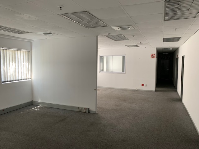 220m2 Warehouse To Let in Westmead