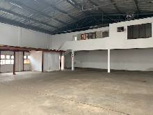 400m2 Warehouse To Let in Springfield
