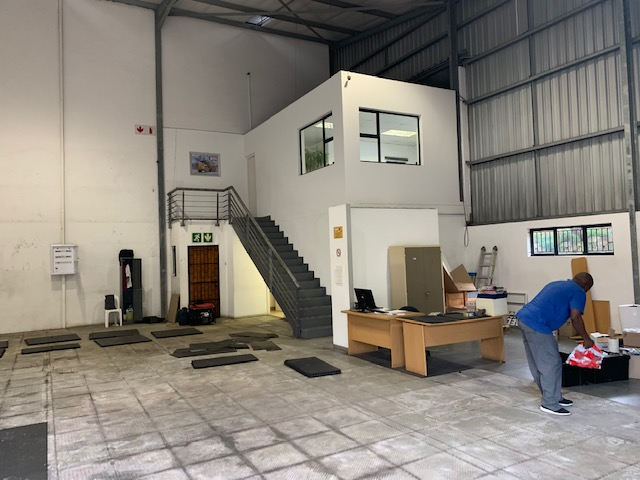 216m2 Warehouse To Let in Briardene