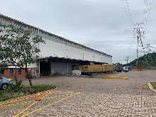 7055m2 Warehouse To Let in Riverhorse