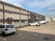 540m2 Warehouse To Let in Springfield