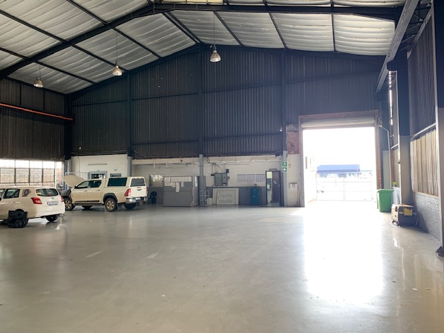 636m2 Warehouse To Let in Pinetown
