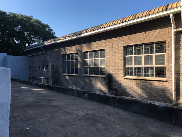 1100m2 Warehouse To Let in Springfield