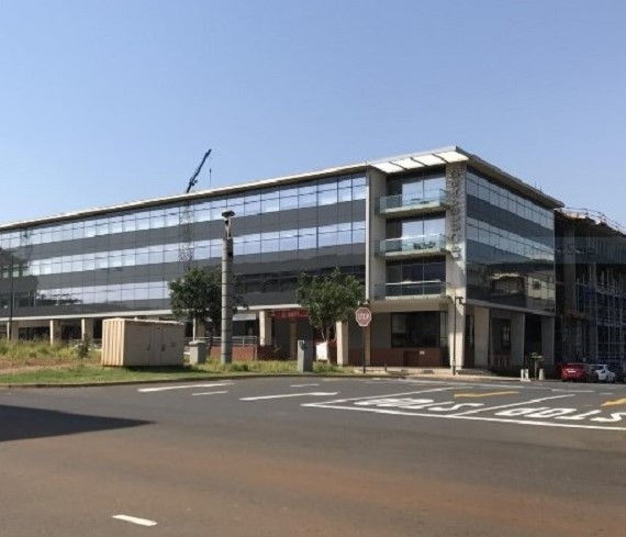 Umhlanga Ridge retail / offices to rent