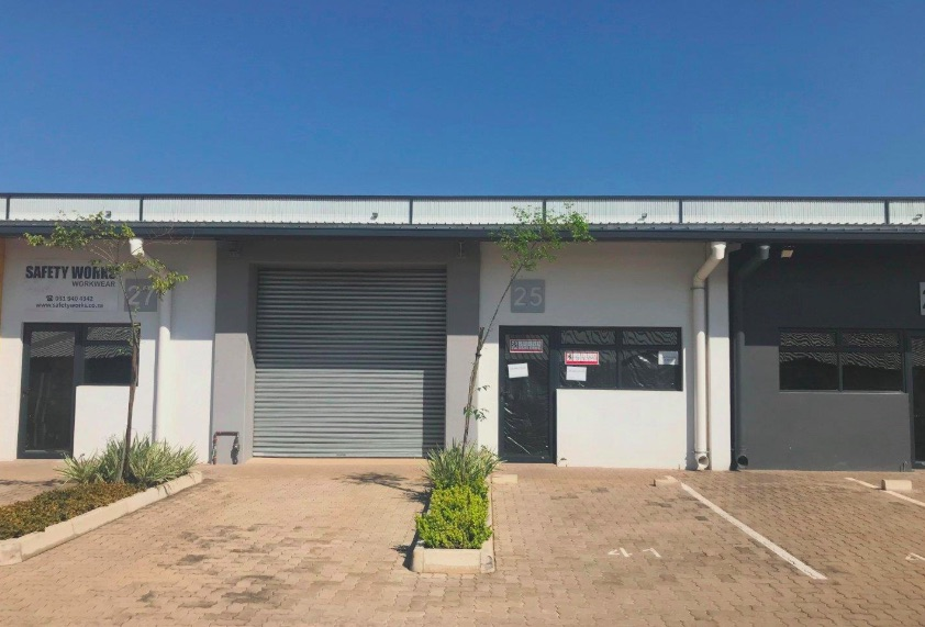 industrial to let in Cornubia