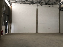 368m2 Warehouse To Let in Cornubia