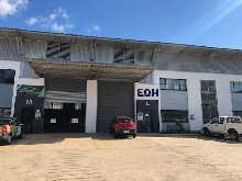303m2 Warehouse To Let in Briardene