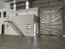 492m2 Warehouse To Let in Cornubia