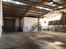 500m2 Warehouse To Let in Springfield