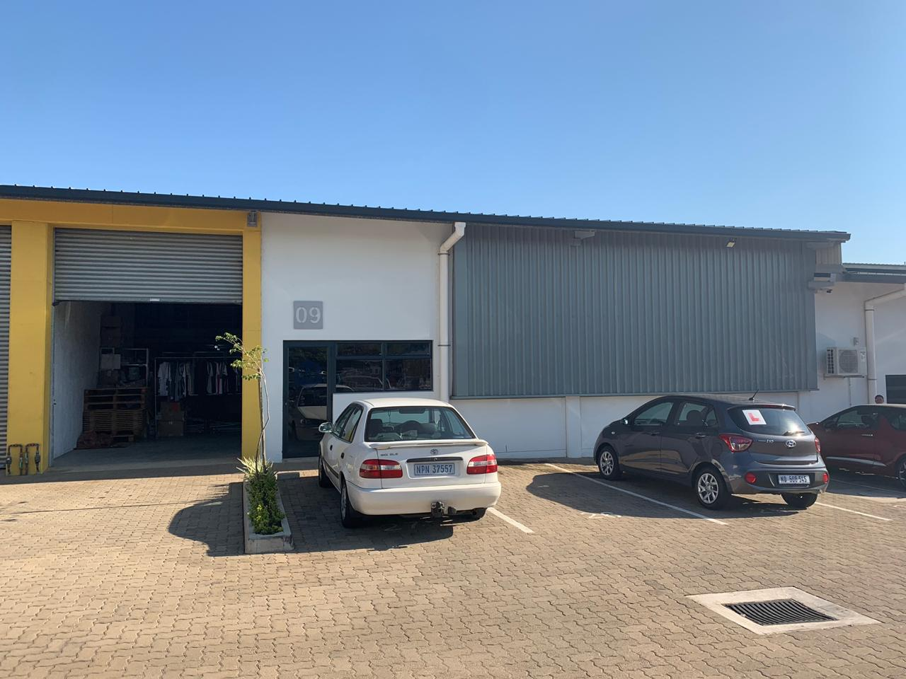 375m2 Warehouse To Let in Cornubia