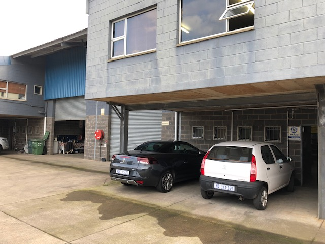 185m2 Factory To Let in Briardene