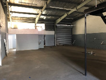 200m2 Factory To Let in Glen Anil