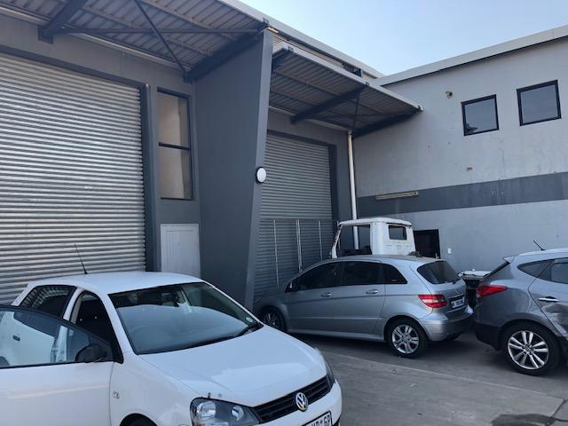 405m2 Warehouse To Let in Cornubia