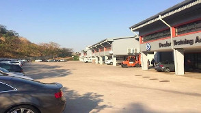 1006m2 Warehouse To Let in Riverhorse