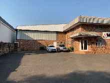 1768m2 Warehouse To Let in Red Hill