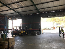 1524m2 Warehouse To let in Red Hill